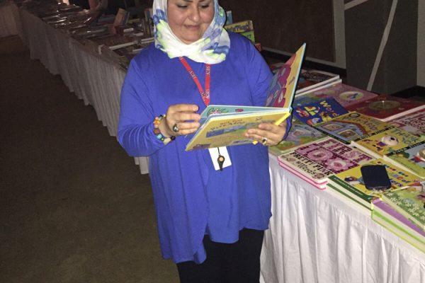 AHIS-BookFair2015-1